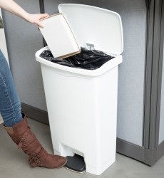8 Gal. Step-On Garbage Bin White