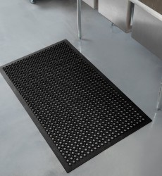 "3' x 5' x 3/4"" Anti-Fatigue Black Floor Mat"